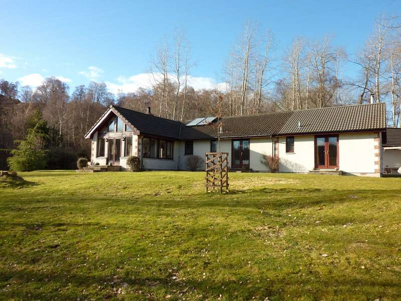 5 Bedrooms Detached Bungalow for sale in Urchany Cottage, Beauly, Inverness-Shire, IV4