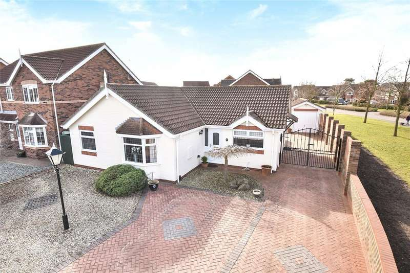 3 Bedrooms Detached Bungalow for sale in Greenfinch Drive, Cleethorpes, DN35