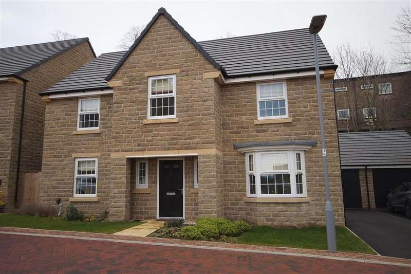 4 Bedrooms Detached House for rent in Bluebell Drive, Wyke, Bradford