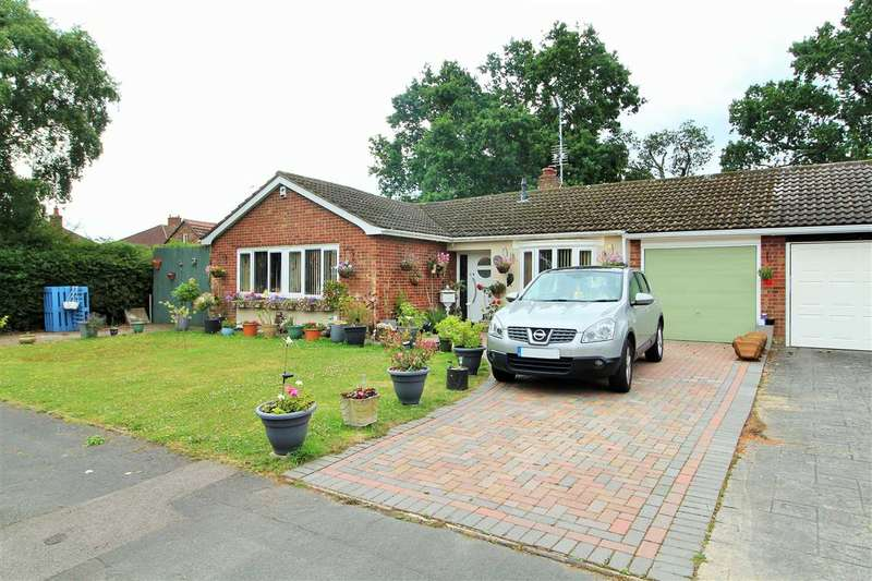 3 Bedrooms Bungalow for sale in Weavers Close, Prettygate, Colchester