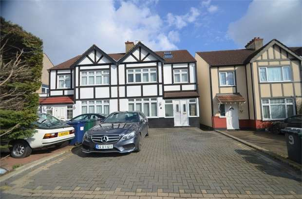 4 Bedrooms Semi Detached House for sale in Delamere Gardens, Mill Hill, NW7