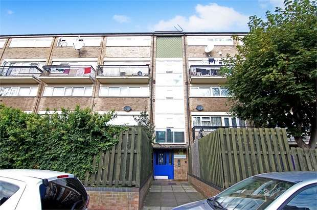 2 Bedrooms Flat for sale in Sorensen Court, Leyton Grange Estate, London