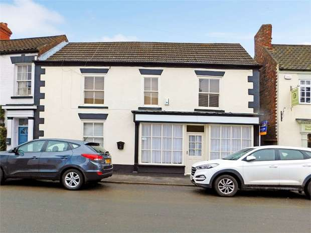 4 Bedrooms End Of Terrace House for sale in High Street, Barrow-upon-Humber, Lincolnshire