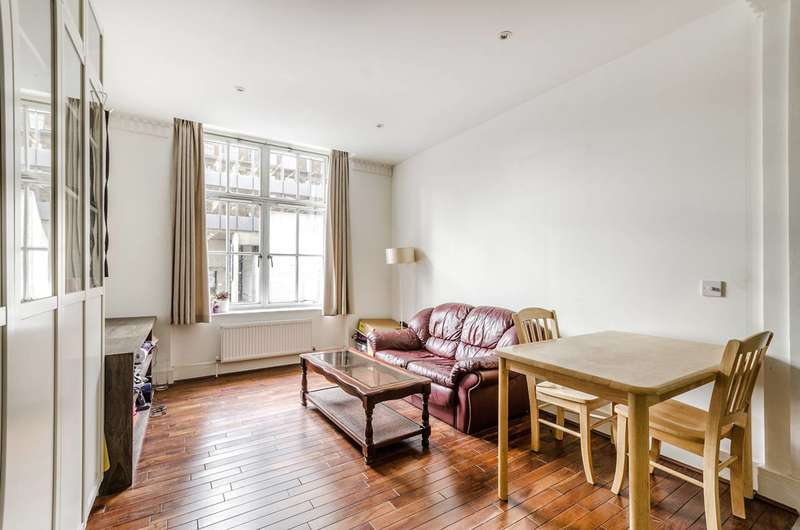 2 Bedrooms Flat for rent in Russell Square, Bloomsbury, WC1B