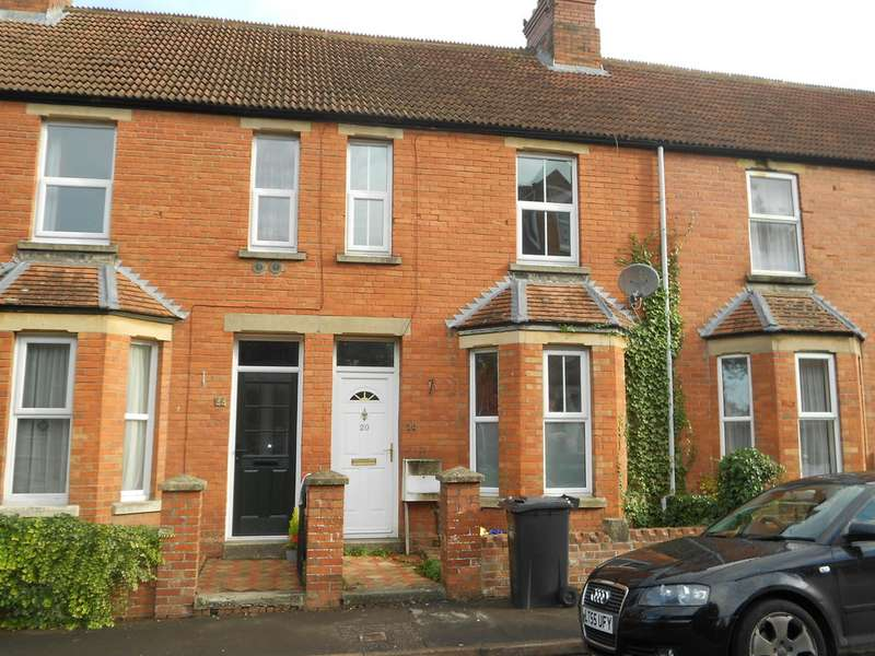 3 Bedrooms Terraced House for rent in Everton Road, Yeovil BA20