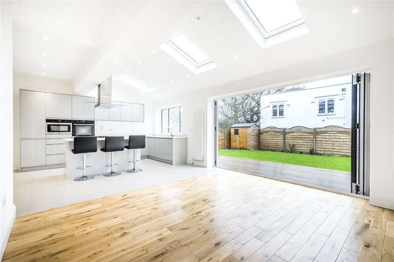 4 Bedrooms Semi Detached House for sale in Culverden Road, London, SW12