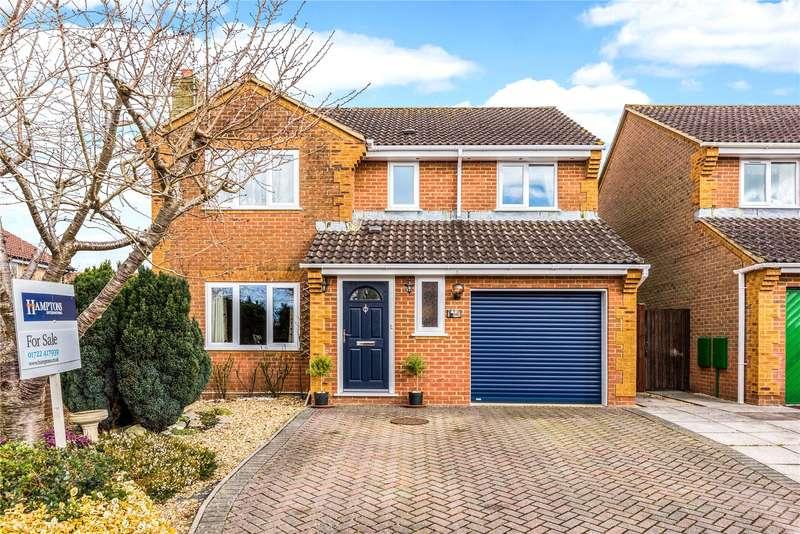 4 Bedrooms Detached House for sale in Elmfield Close, Woodfalls, Salisbury, Wiltshire, SP5