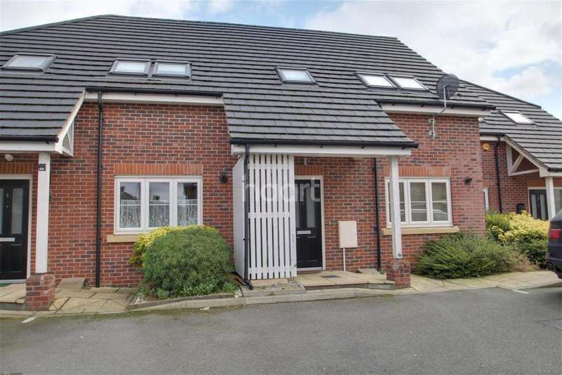 3 Bedrooms Terraced House for rent in The Kemptons