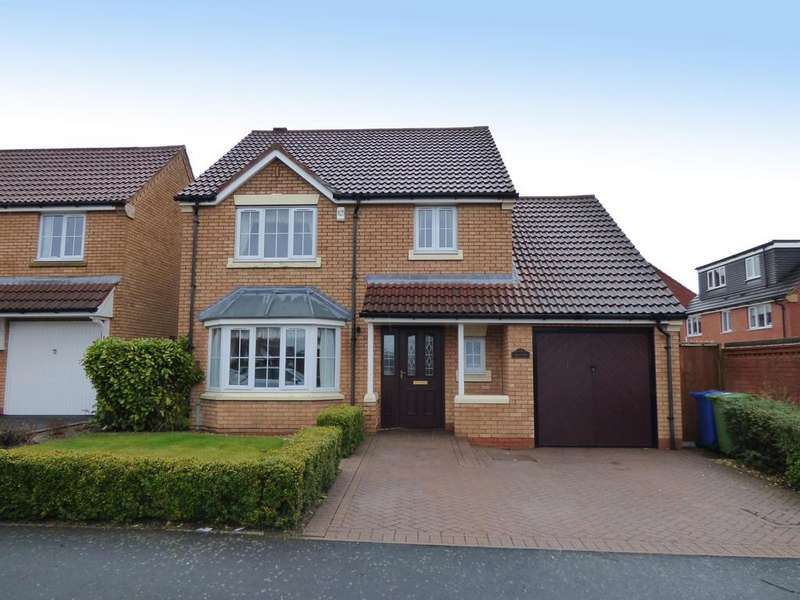 4 Bedrooms Detached House for sale in 72 Chenet Way, Cannock, WS11 5RR