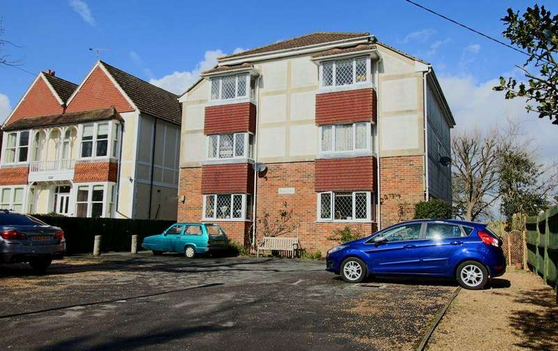 1 Bedroom Flat for rent in Rose Court, Hassocks, West Sussex