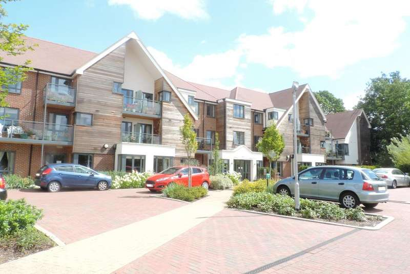 1 Bedroom Retirement Property for sale in Mandeville Court, Darkes Lane, Potters Bar EN6