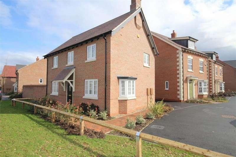 3 Bedrooms Detached House for rent in Hereward Way, Weddington, NUNEATON, Warwickshire