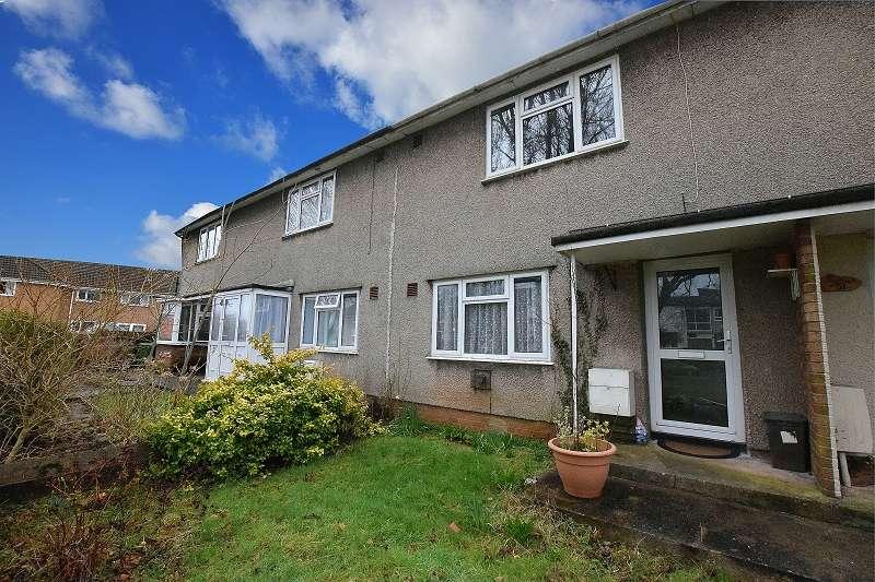 2 Bedrooms Maisonette Flat for sale in Newborough Avenue, Llanishen, Cardiff. CF14 5DA
