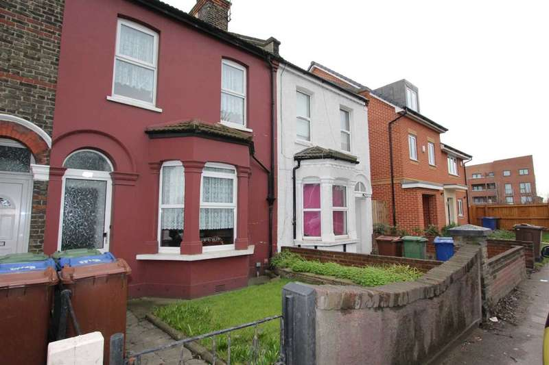 3 Bedrooms House for sale in London Road, West Thurrock