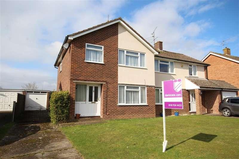 3 Bedrooms Semi Detached House for sale in Kibblewhite Crescent, Twyford, RG10