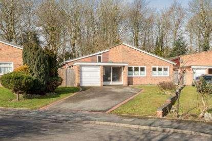 3 Bedrooms Bungalow for sale in The Hamlet, Leek Wootton, Warwick