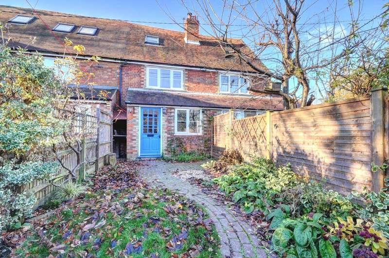 2 Bedrooms Terraced House for rent in Chapel Lane, Bledlow