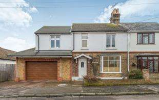 4 Bedrooms Semi Detached House for sale in Preston Avenue, Faversham, Kent