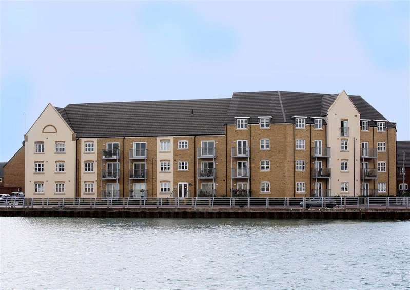 2 Bedrooms Apartment Flat for sale in Sussex Wharf, Shoreham-By-Sea