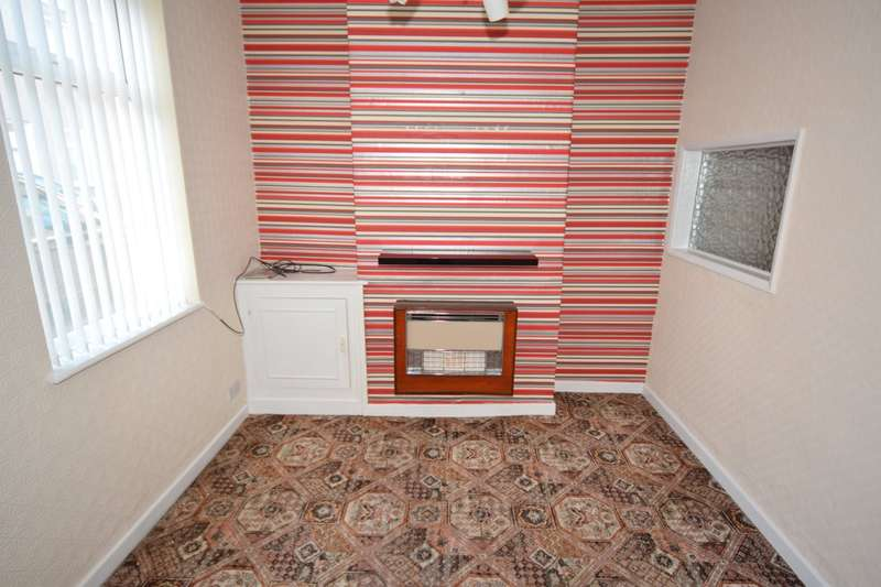 2 Bedrooms Terraced House for sale in Parry Street, Barrow-in-Furness, Cumbria, LA14 5TF