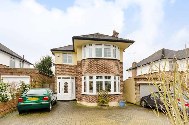 3 Bedrooms Detached House for sale in Bodley Road, New Malden, KT3