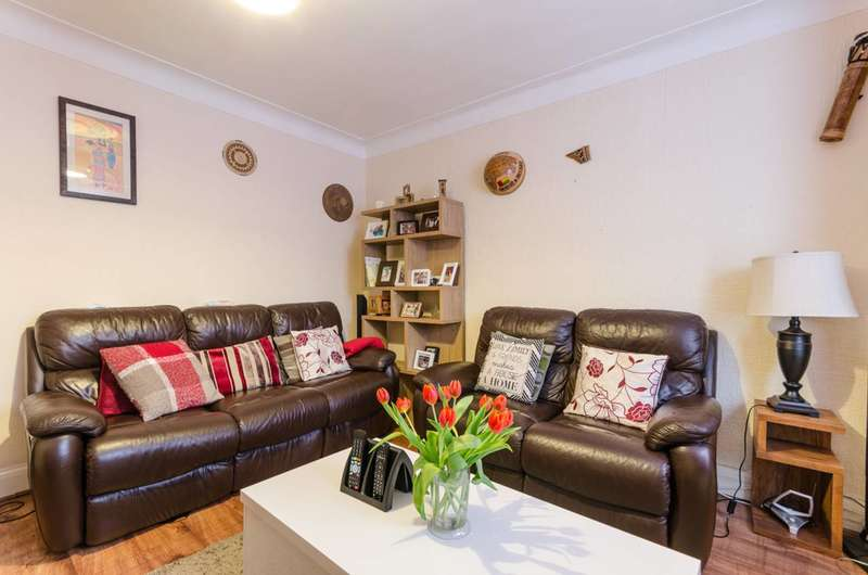 3 Bedrooms House for sale in Westward Road, Chingford, E4