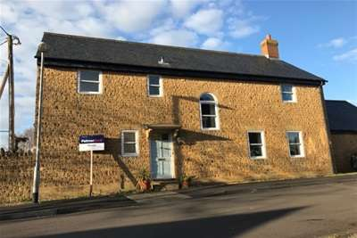 5 Bedrooms Detached House for rent in CHILTHORNE DOMER