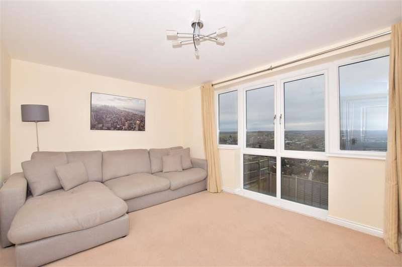 3 Bedrooms Link Detached House for sale in Ward View, Chatham, Kent