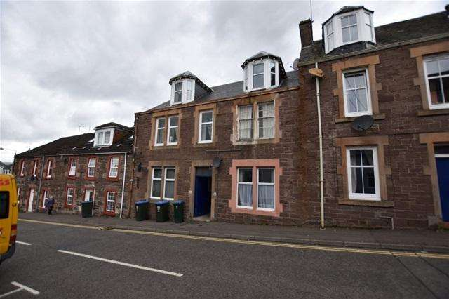 2 Bedrooms Flat for sale in Galvelmore Street, Crieff