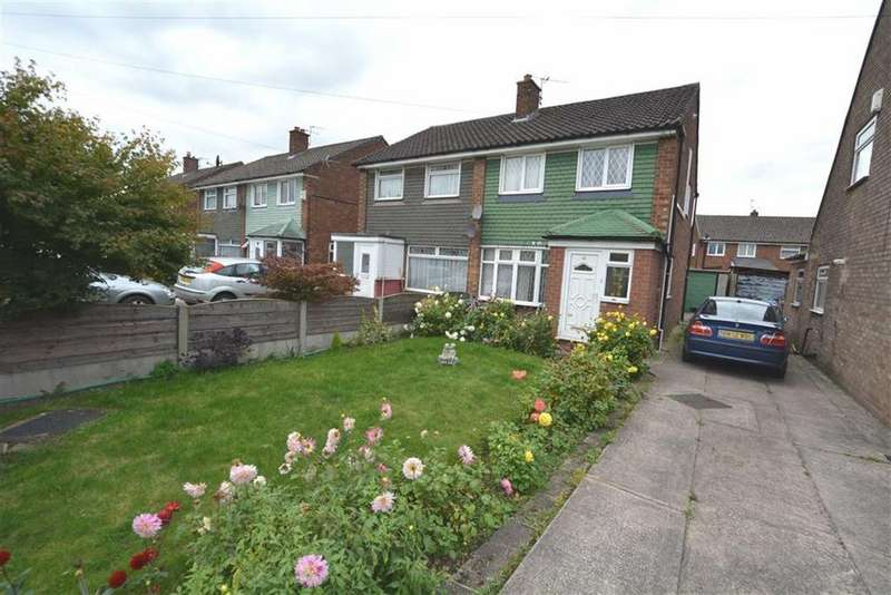 3 Bedrooms Semi Detached House for rent in Lismore Way, Urmston