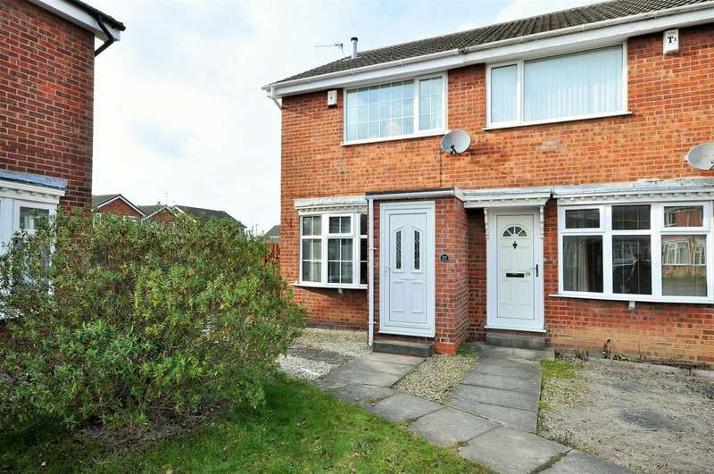 2 Bedrooms Terraced House for sale in Cayley Close, Rawcliffe, York, YO30 5PT