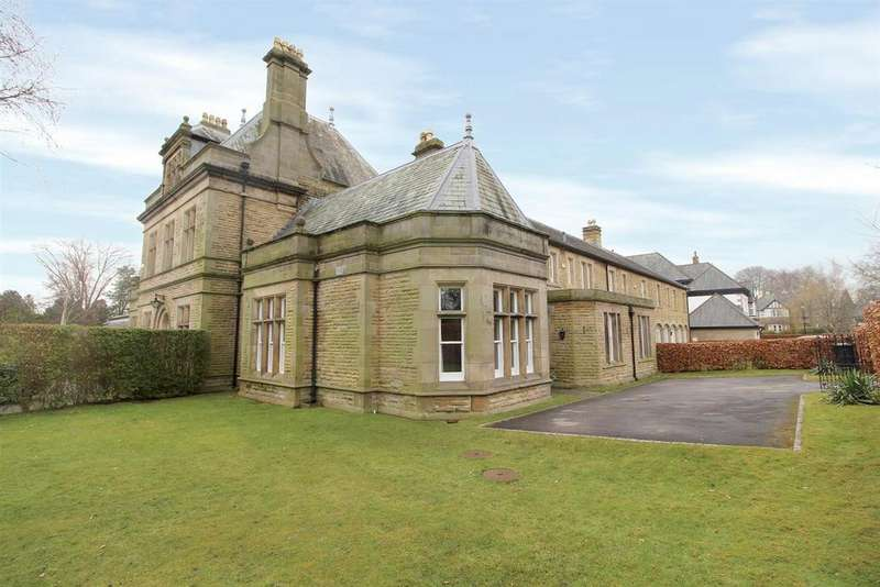 4 Bedrooms House for sale in Sovereign Park, Harrogate