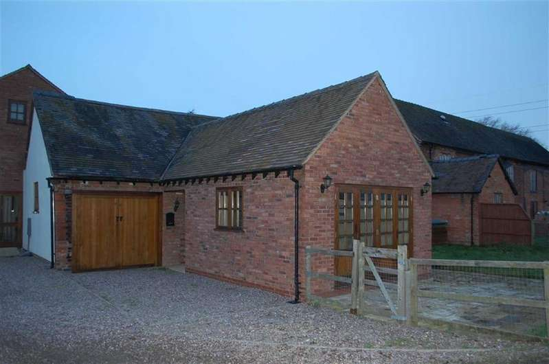 2 Bedrooms Barn Conversion Character Property for rent in Plot 5 Heath Barns, Old Stafford Road, Slade Heath, Wolverhampton, South Staffordshire, WV10