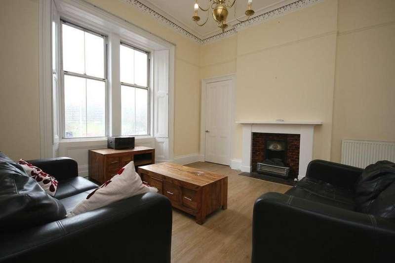 3 Bedrooms Flat for rent in Bruntsfield Place