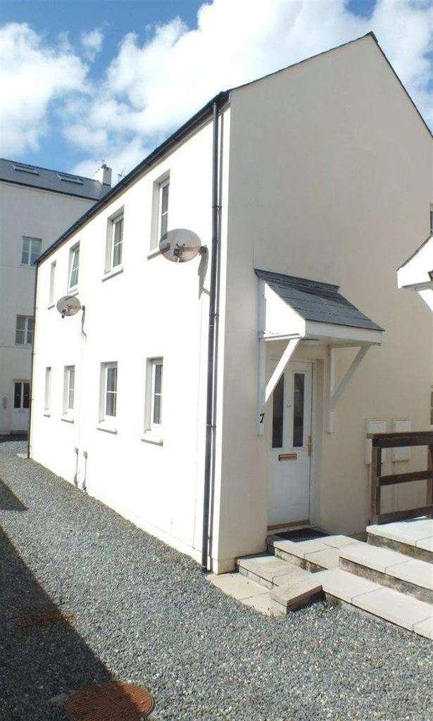 1 Bedroom Terraced House for rent in Co-Op Lane, Pembroke Dock, Pembrokeshire