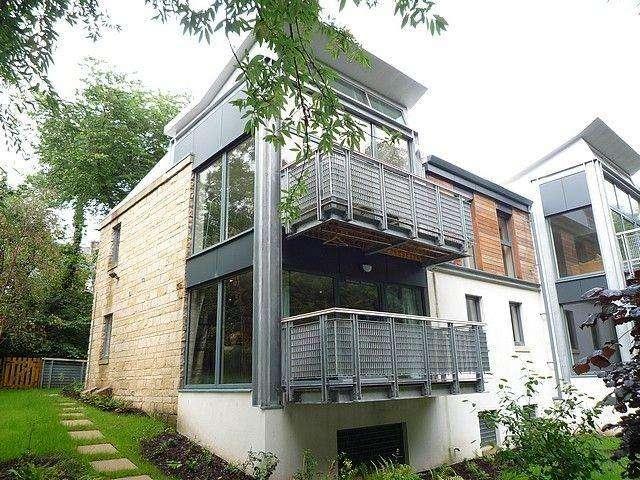 2 Bedrooms Flat for rent in Bells Mills, Dean Village, Edinburgh, EH4 3DG