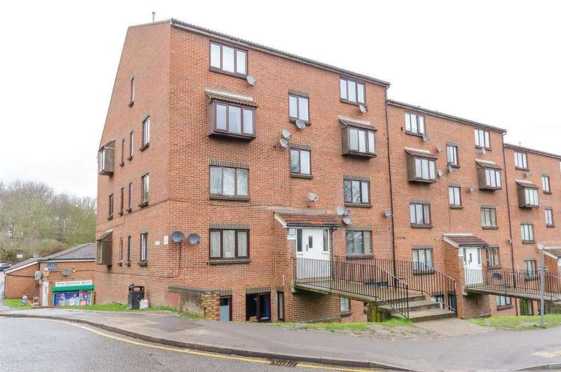 1 Bedroom Apartment Flat for sale in Carrie House, Maidstone, Kent, ME16