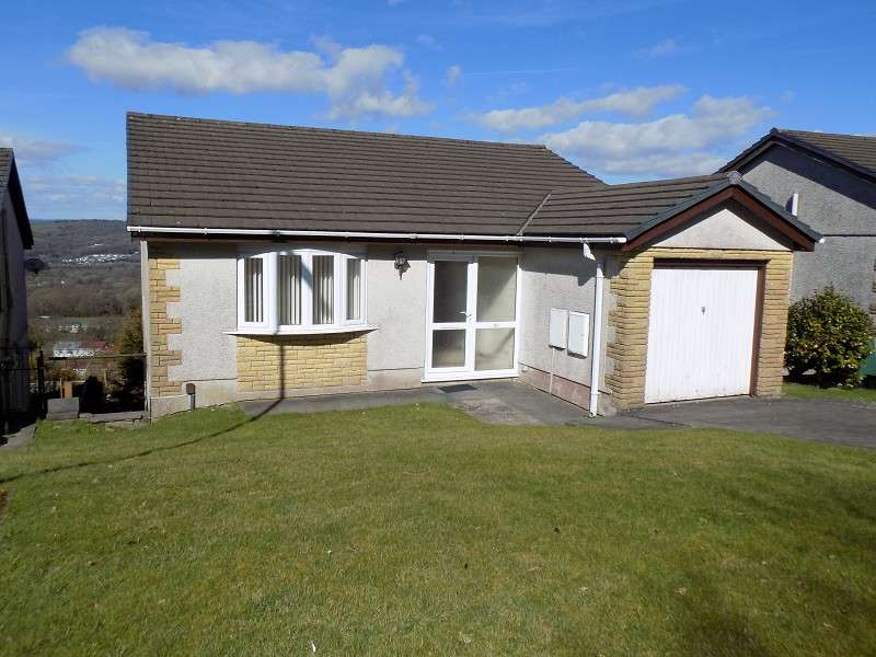 4 Bedrooms Detached House for sale in Wren Avenue, Cimla, Neath, Neath Port Talbot. SA11 3SH