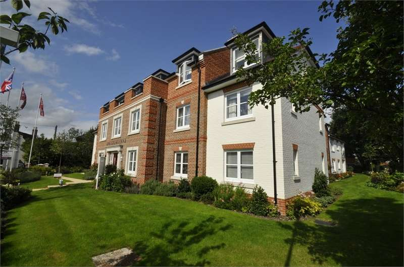 1 Bedroom Flat for sale in King Egdar Lodge, Christchurch Road, Ringwood