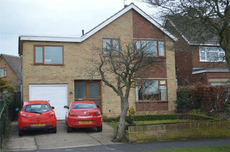 4 Bedrooms Detached House for sale in 36 Ashcourt Drive, Hornsea, East Riding of Yorkshire