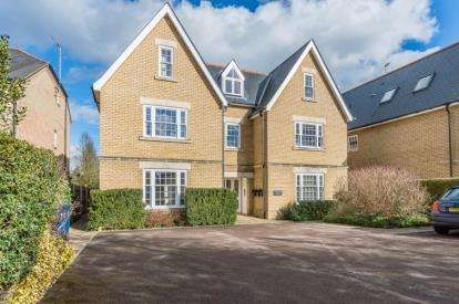 2 Bedrooms Flat for sale in 218 Cambridge Road, Great Shelford, Cambridge