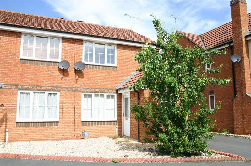 2 Bedrooms Semi Detached House for rent in Shireland Lane, Redditch
