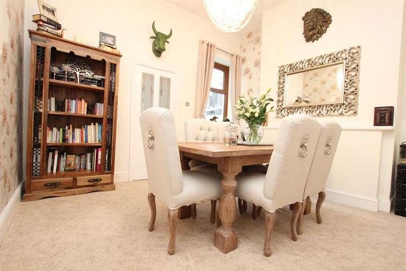 2 Bedrooms Terraced House for sale in Meadow Street Darwen BB3 2QL