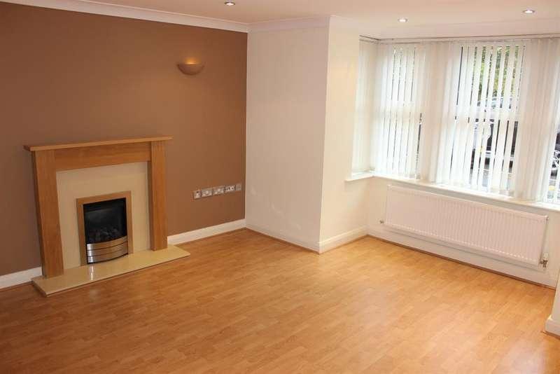 2 Bedrooms Apartment Flat for rent in Hawkshaw Avenue Darwen BB3 1QZ