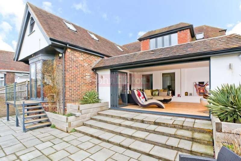 5 Bedrooms House for sale in Court Close, Brighton