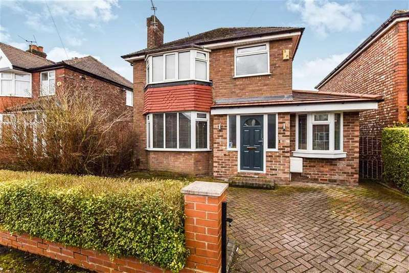 3 Bedrooms Detached House for sale in Woodheys Drive, Sale, M33