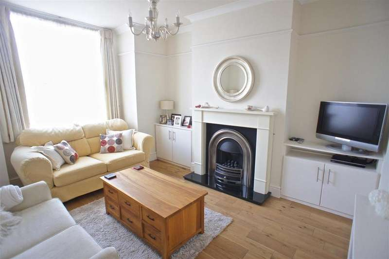 3 Bedrooms House for sale in Sandy Lane, Lymm