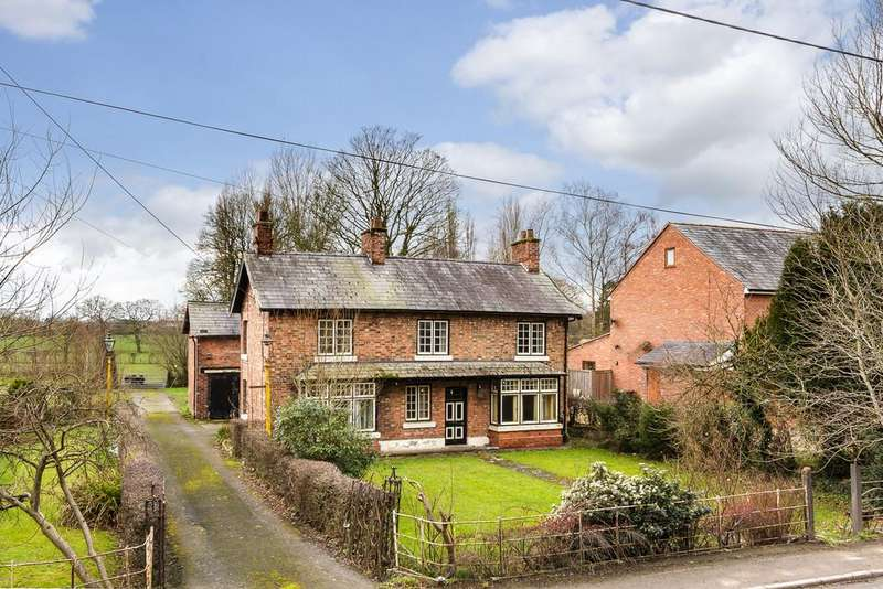 3 Bedrooms Detached House for sale in Burland, Nantwich