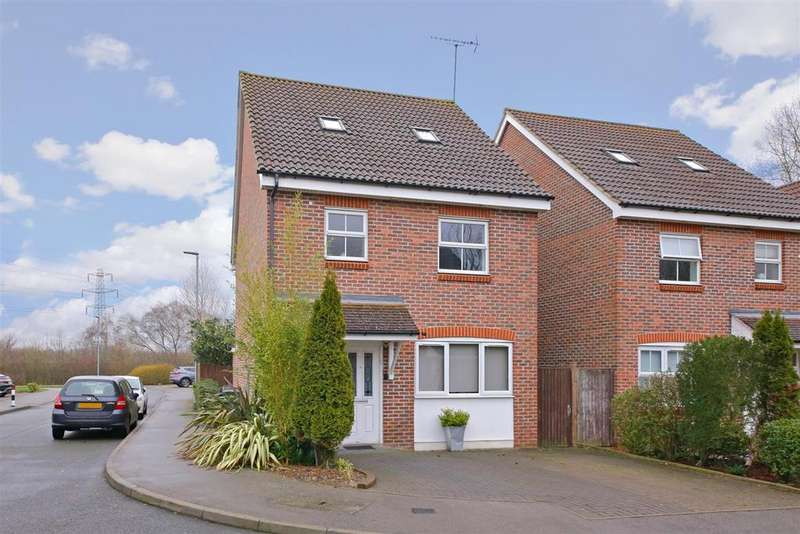 4 Bedrooms Detached House for sale in Hadleigh Close, Shenley, Radlett