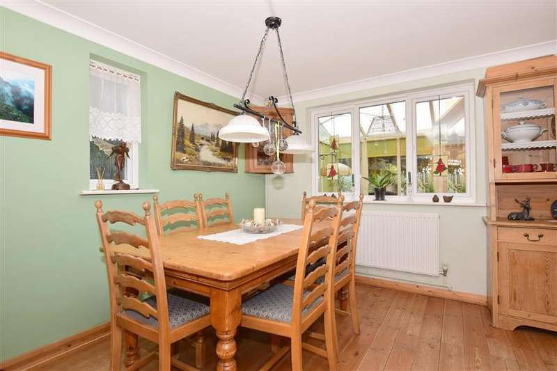 3 Bedrooms Semi Detached House for sale in Molland Lea, Ash, Canterbury, Kent